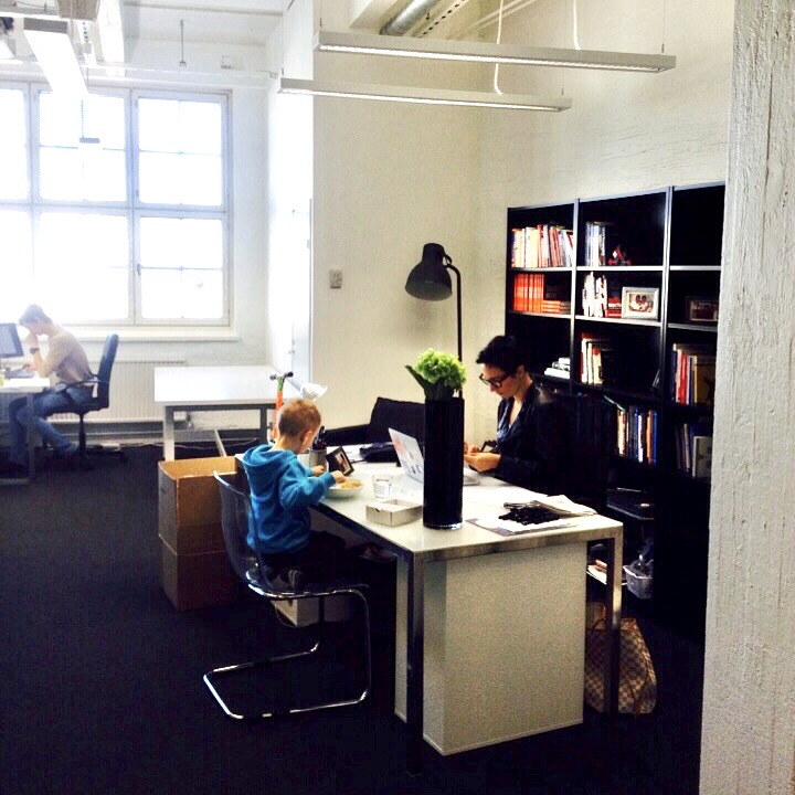 Working mom entrepreneur at the Emine and Heebo office.